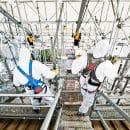 Ouvriers sur échafaudage
